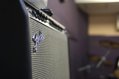 スタジオでバンド練習の時のギターの音作りのコツ