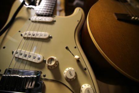 SHE'S AMERICAN/THE 1975ギター弾き方解説【無料tab譜】guitar lesson
